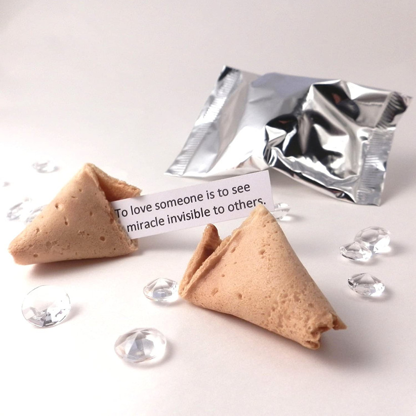 Wedding favour fortune cookie