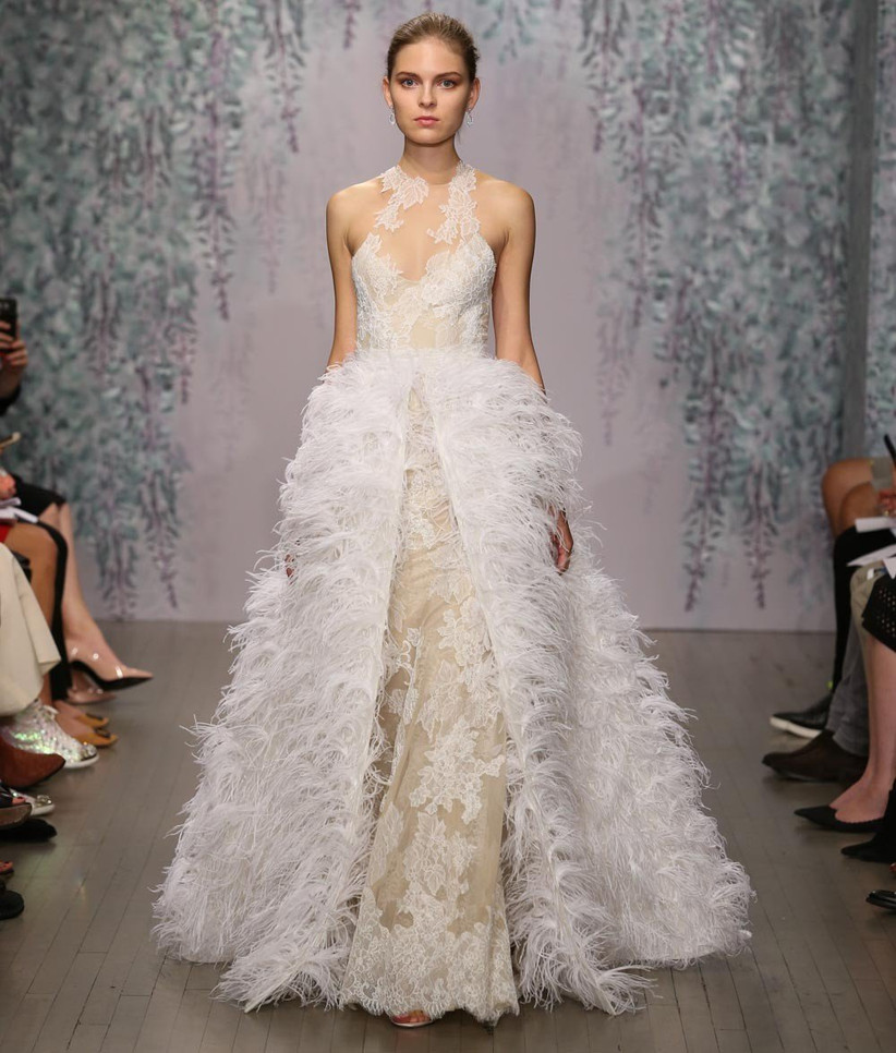 wedding-dress-with-detachable-feathered-skirt