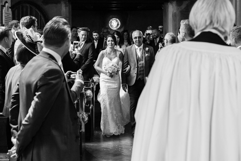 bride-welling-up-as-she-walks-towards-the-groom-2