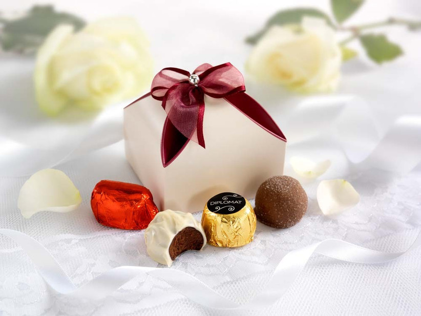 chocolate-wedding-favours-from-thorntons-2