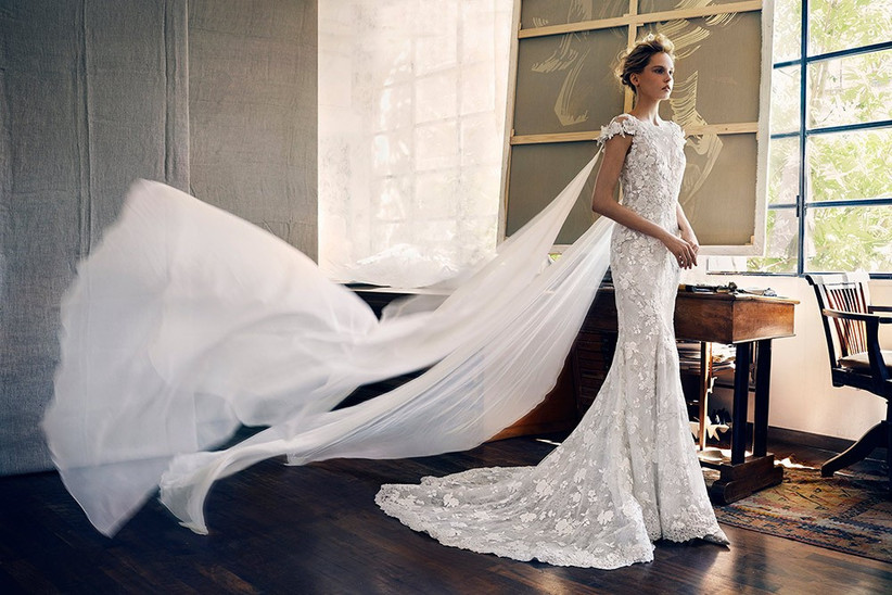 wedding-dresses-with-capes-trend