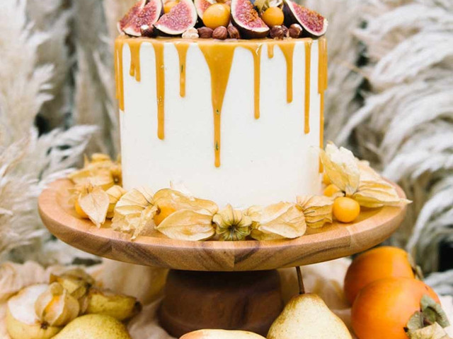 Single Tier Wedding Cakes: 18 Irresistible Designs