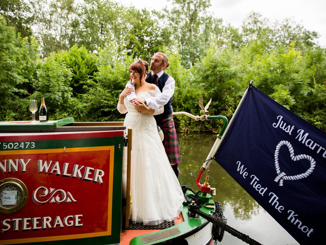A Tartan-Inspired, Sunny August Wedding with a Canal Boat Cruise and a Pronovias Dress