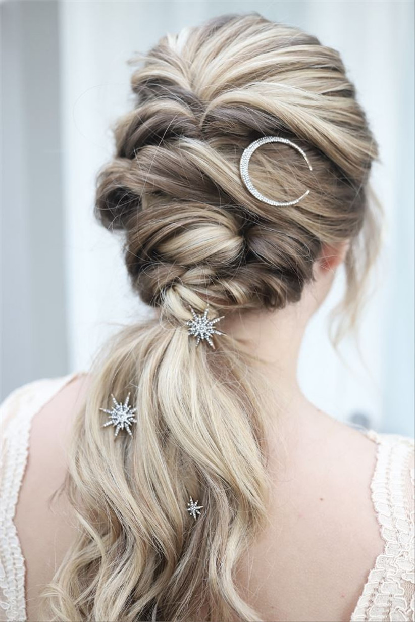 The Ultimate Guide to Wedding Hair: 52 Styles That Are Easy to Master -  hitched.co.uk