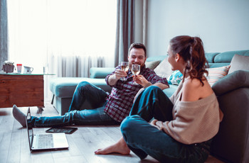 How to Celebrate Your Engagement in Lockdown: Fun Virtual Engagement Party Ideas Everyone Will Love