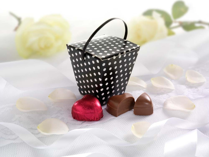 chocolate-wedding-favours-from-thorntons-3