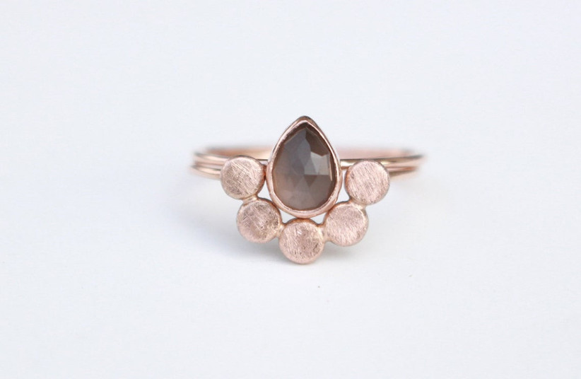 Grey moonstone with rose gold band