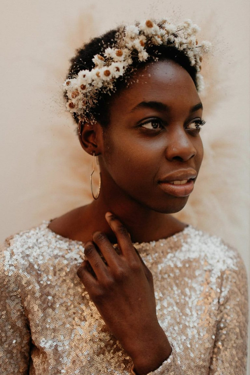 Model wearing a daisy crown