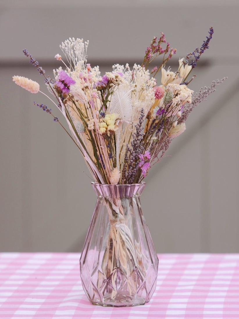 Fourth wedding anniversary gifts - dried flowers