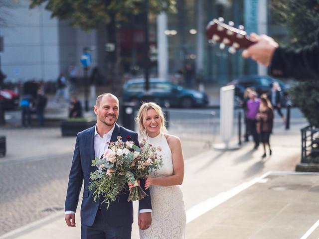7 Creative Photography Ideas for Smaller Weddings