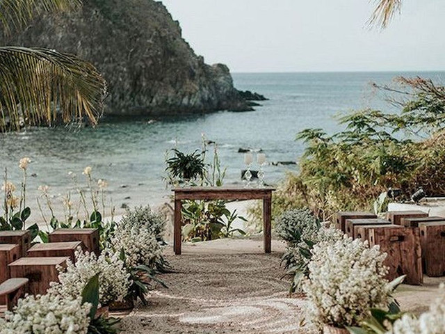 35 Best Beach Wedding Ideas for the UK and Abroad