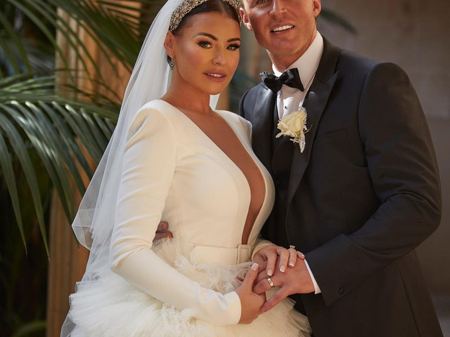 Jess Wright Shares a First Look at Her Romantic Mallorcan Wedding