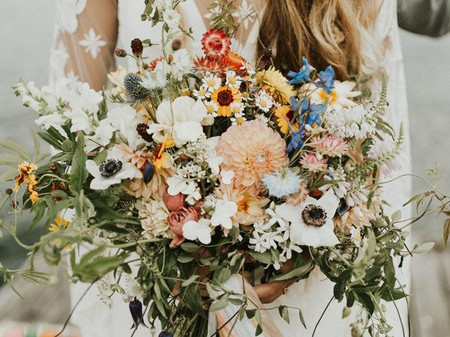 29 Wildflower Bouquet Ideas for Whimsical Brides