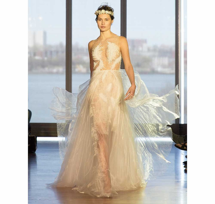 leafy-lace-applique-sexy-wedding-dress