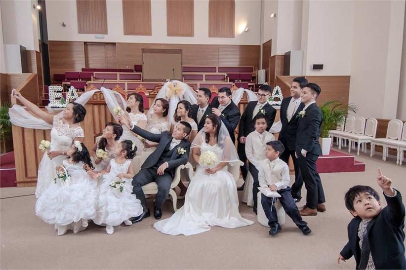 sandra-reddin-wedding-selfie-2