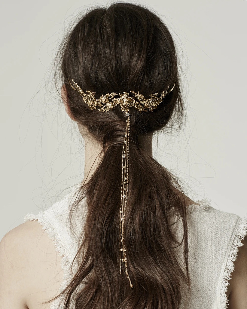 Best wedding hairstyles for long hair 23