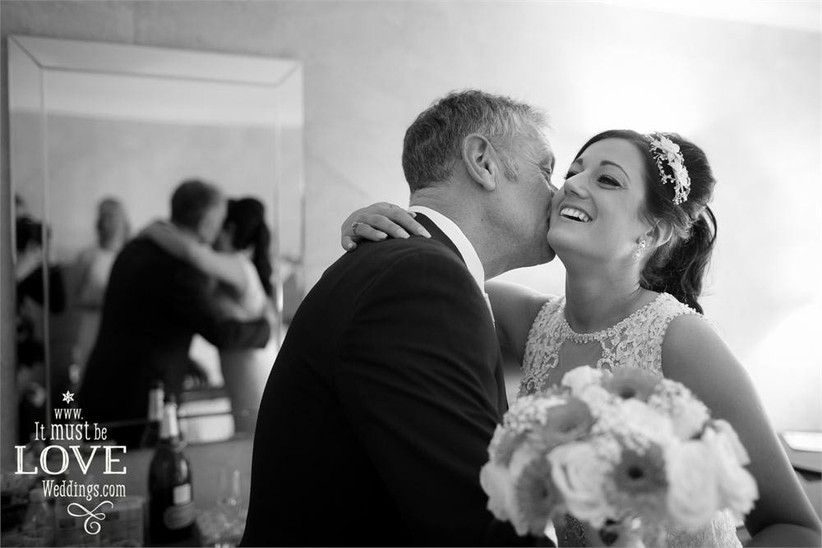 bride-and-her-dad-4