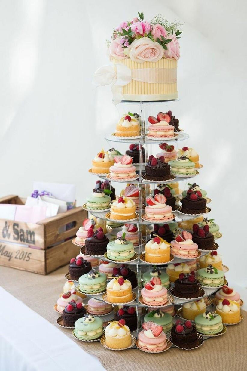 A_back_garden_wedding_in_surrey_with_Alan_Hannah_g