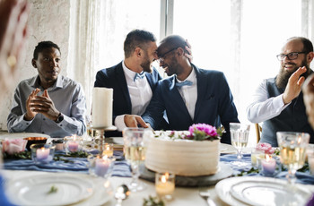 How to Plan Your Wedding Top Table: 8 Top Table Wedding Seating Arrangements