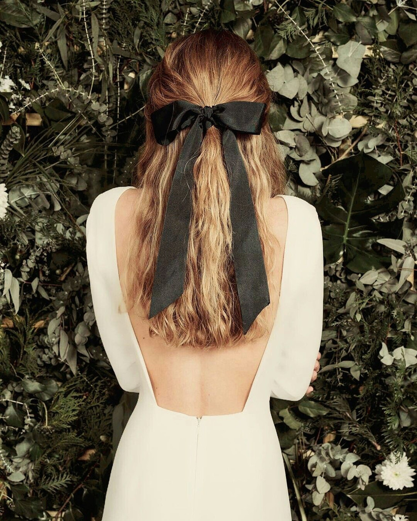 Best wedding hairstyles for long hair 26