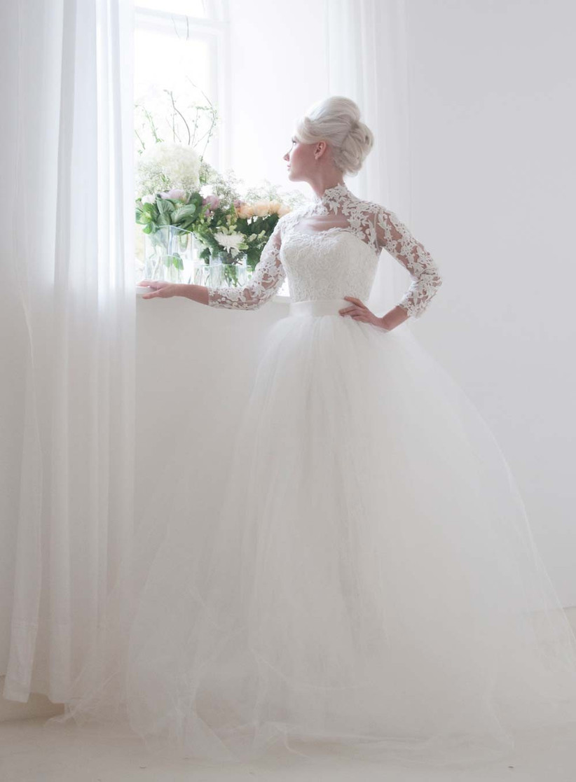 grace-kelly-inspired-wedding-dress