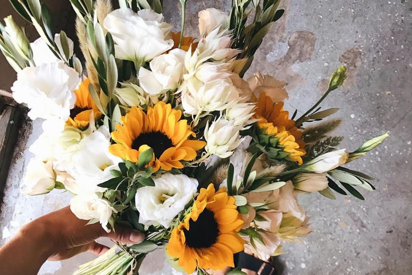 boho bouquet elegantArrangements8 sunflower wedding bouquet wedding bouquet bride bouquet sunflower cascading bouquet