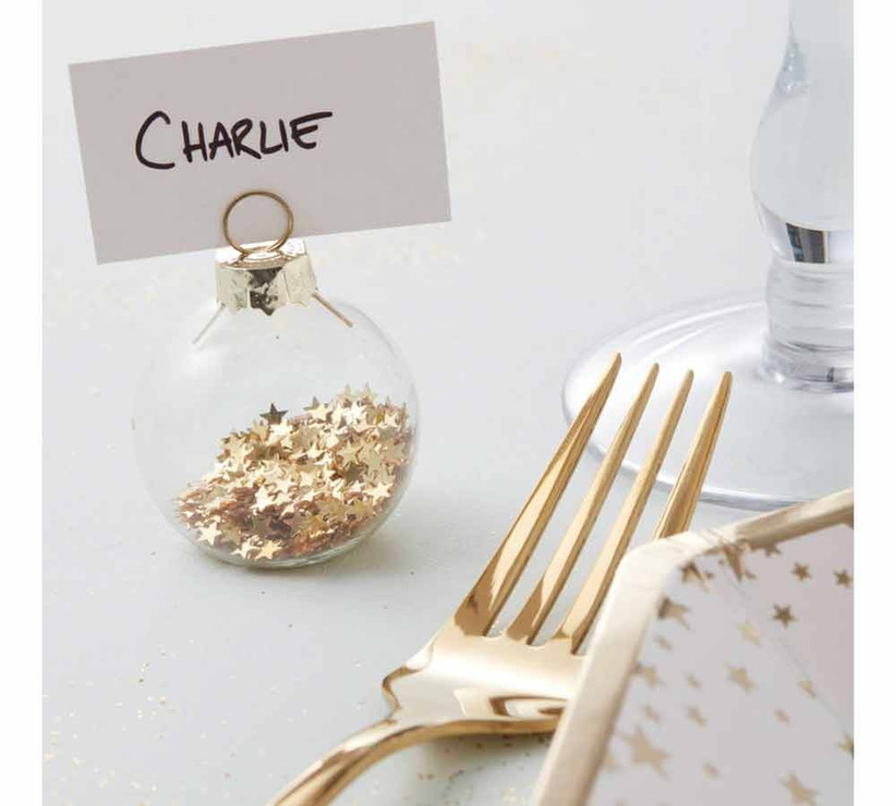 gold-star-bauble-place-holder