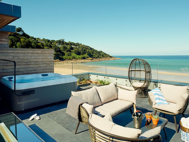 Beach Lodges at Carbis Bay, Cornwall: Hotel Review