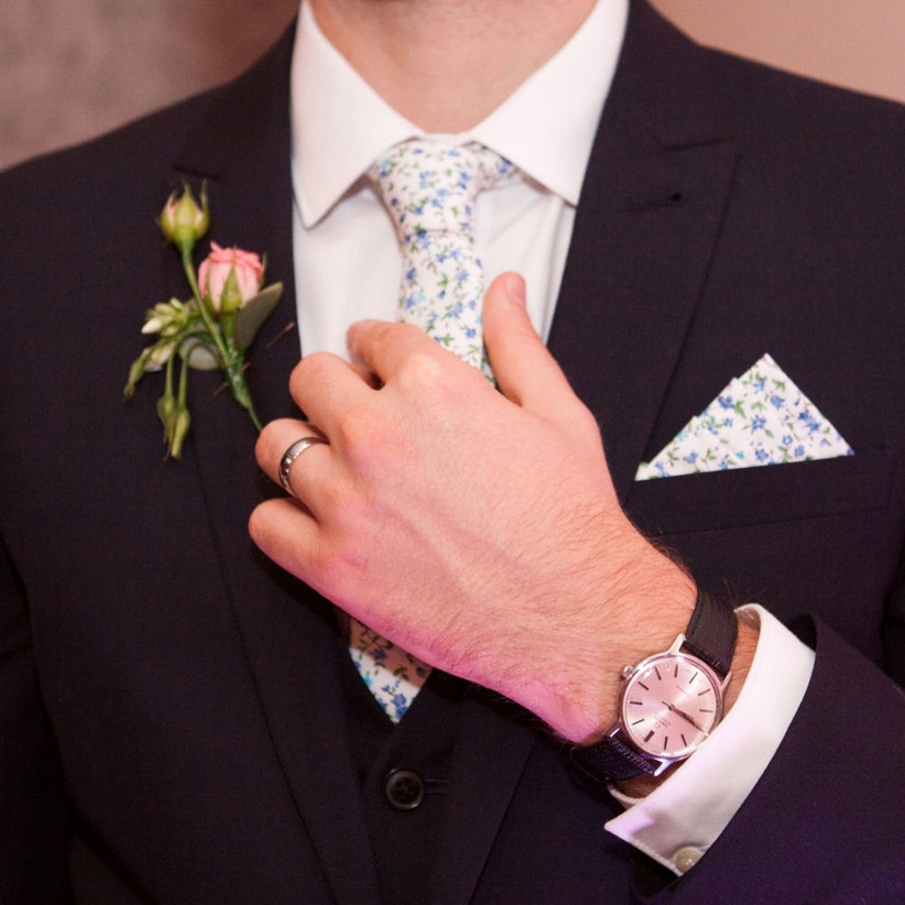 dress-appropriately-18-rules-all-wedding-guests-need-to-follow