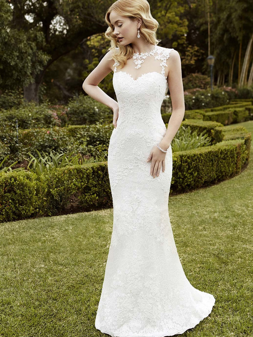 wedding-dresses-for-a-small-bust-7