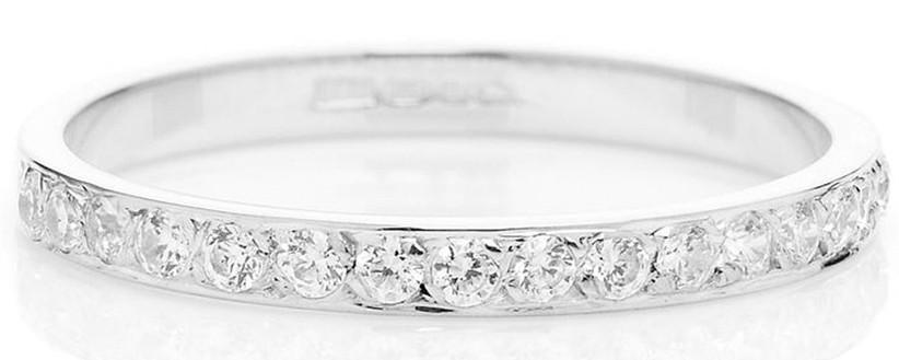 half-diamond-cherish-ring