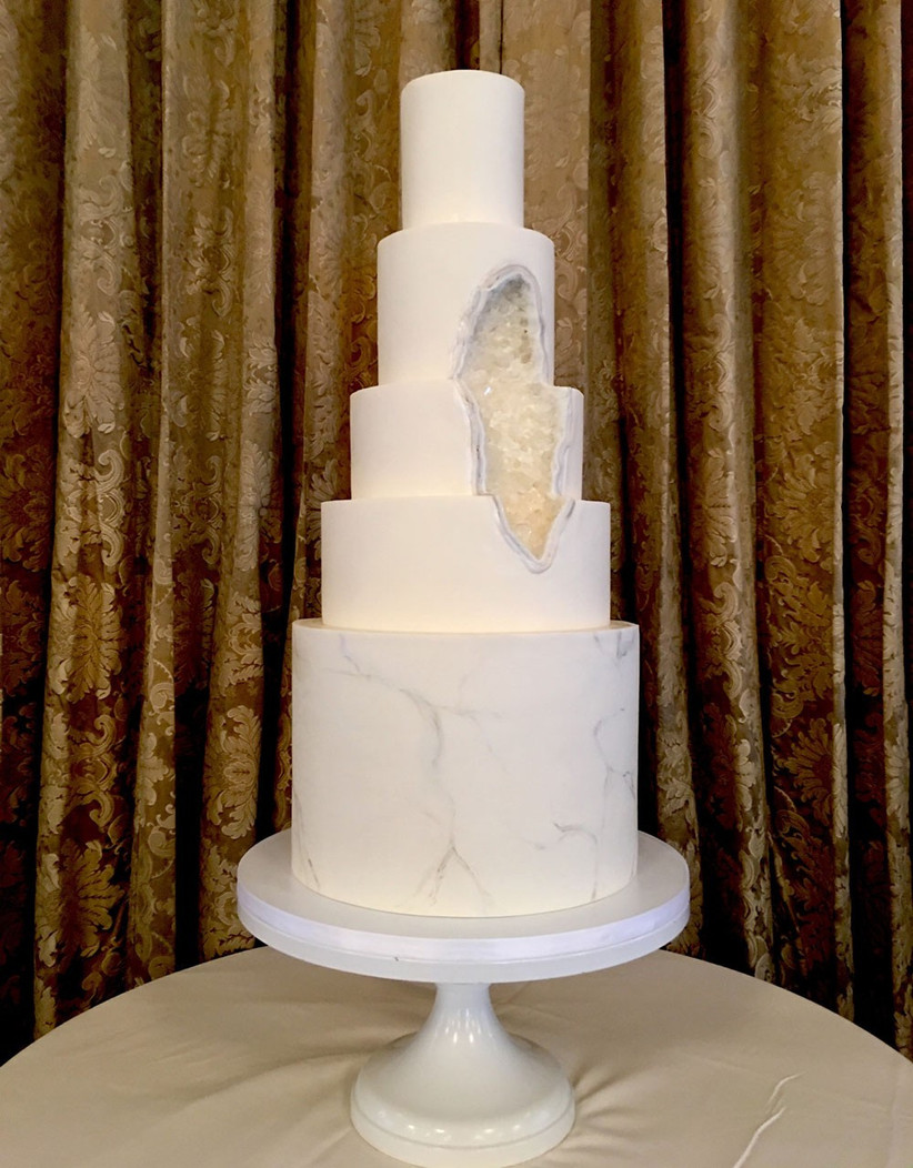 modern-geode-wedding-cake