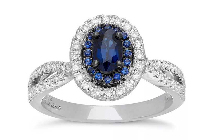 oval-sapphire-engagement-ring