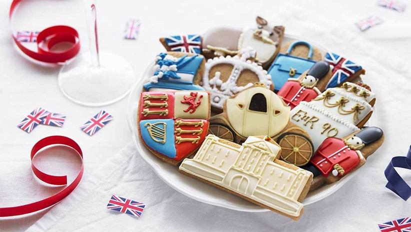 royal-themed-biscuits-2
