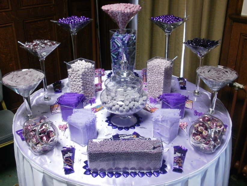 purple-themed-wedding-dessert-table