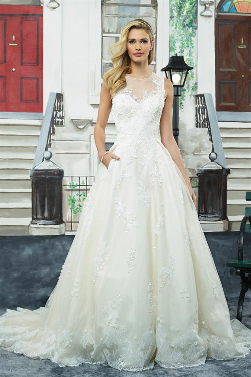 wedding-dresses-with-pockets-16
