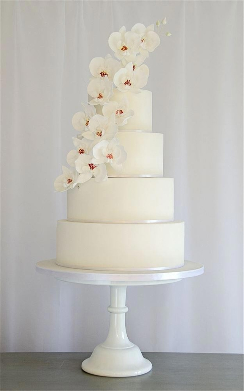 wedding-cake-with-orchids