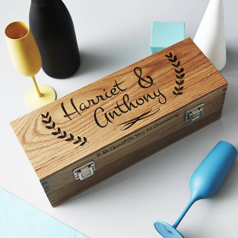 wooden-bottle-box-with-personalised-message