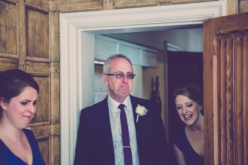 emotional-father-of-the-bride-8
