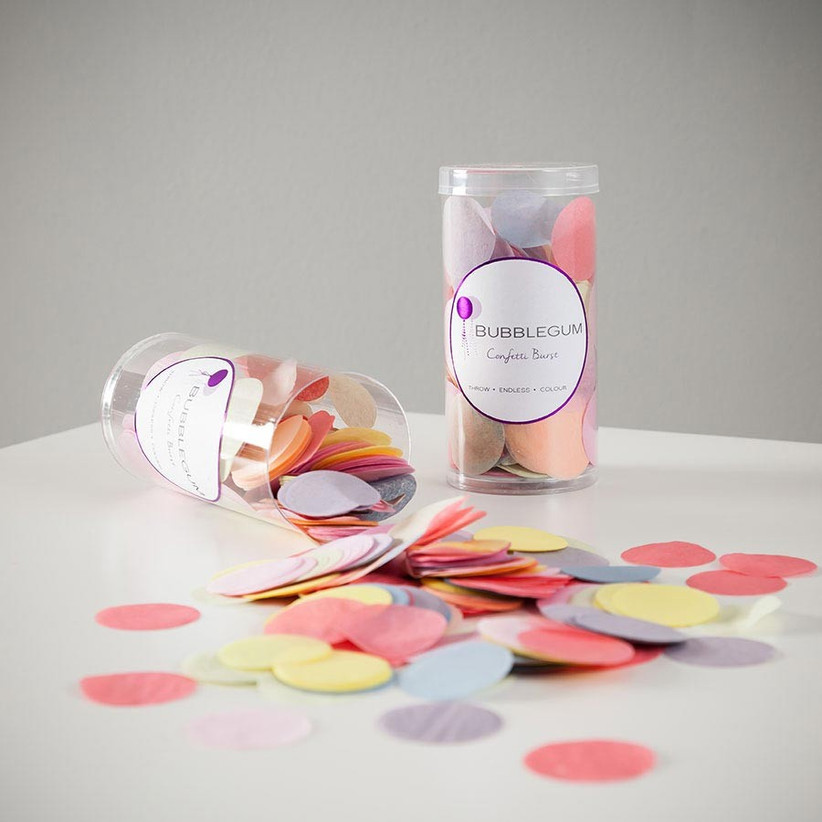 oversized-wedding-confetti