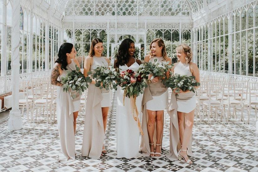 florist-blooming-hau-20180525063021180blomgin