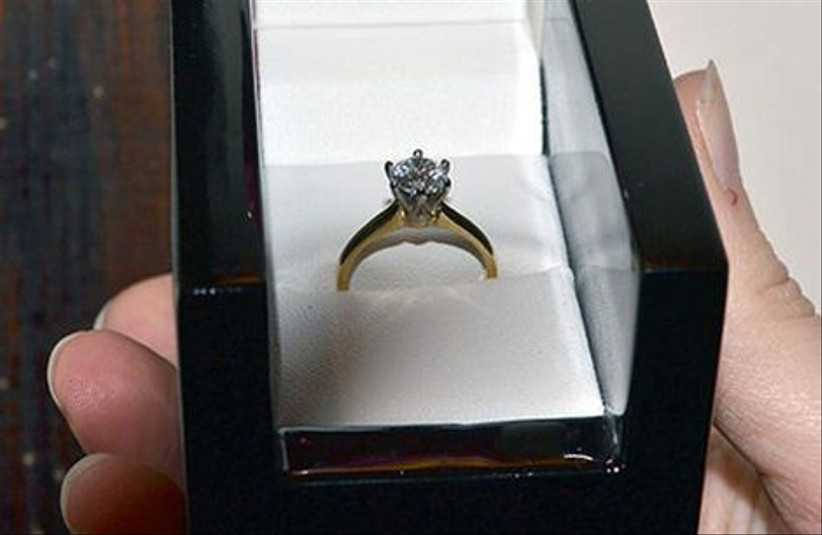 100-amazing-proposal-stories-from-hitched-co-uk-16