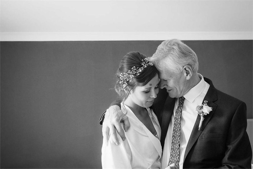 tender-moment-between-father-of-the-bride-and-bride-2