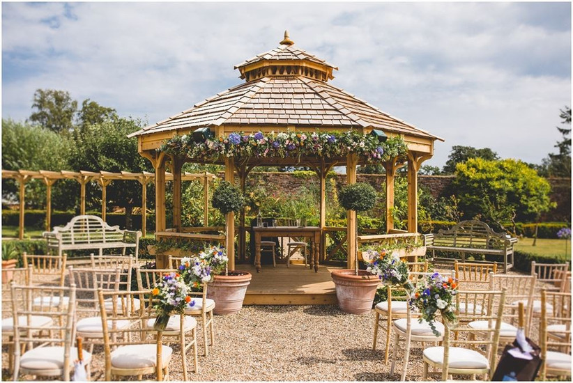 secret garden - best pub wedding venues