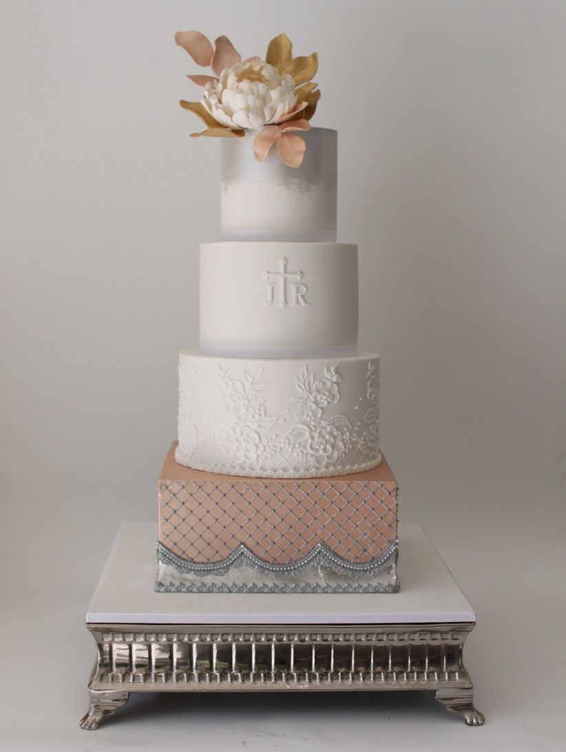 wedding-cake-with-rose-gold-and-silver-detail