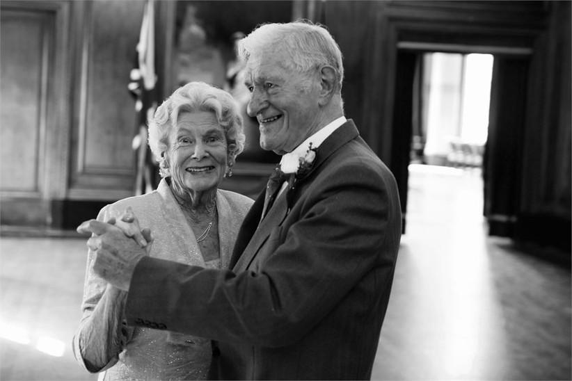 cute-older-couple-newlyweds-2