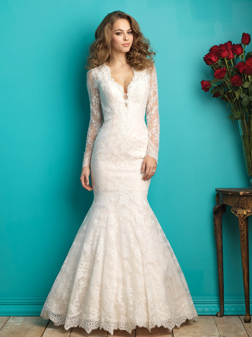 wedding-dresses-for-a-small-bust