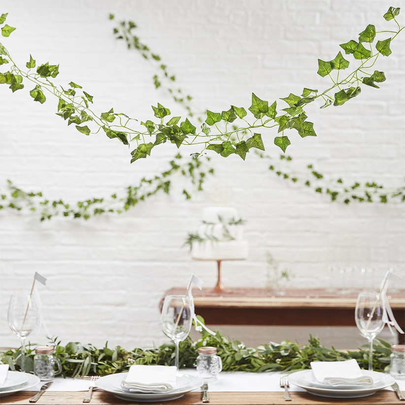 vine-wedding-decor
