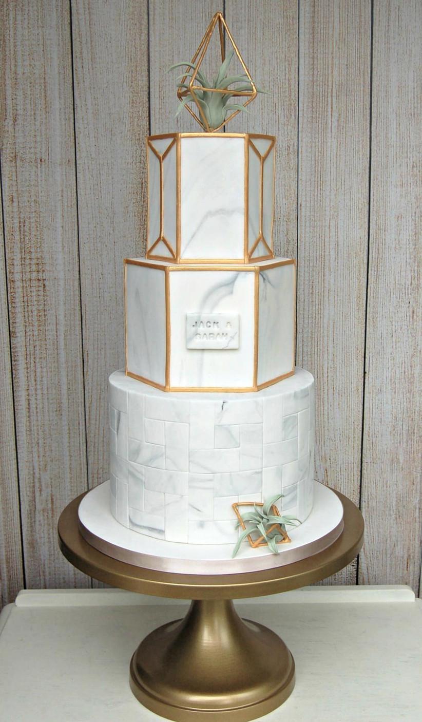 marbled-terrarium-cake