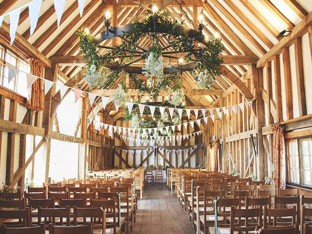11 of the Best Barn Wedding Venues in Surrey - hitched.co.uk